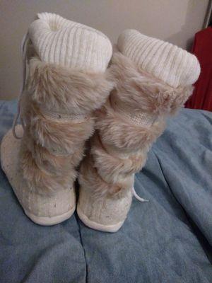 Plush Lace UP Boots XL Size 10 for Sale in Detroit, MI