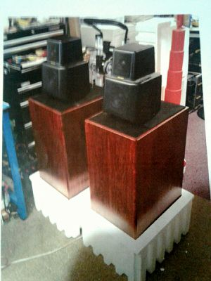 Attn serious audiophiles Pair of vintage (70's) KEF REFERENCE SERIES SPEAKERS MODEL 102.7 Mint condition. Incl.enclosures and KUBE. for Sale in Alameda, CA