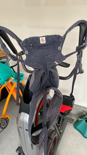 Ergobaby baby carrier for Sale in Chino, CA