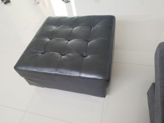 large brown ottoman for Sale in Fort Lauderdale,  FL