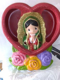 Lámpara De Virgen De Guadalupe Producto Importado exelentes Condiciones De México Pintado A Mano Es Usado Mide 12 Pulgadas Precio Firmes for Sale in Phoenix,  AZ