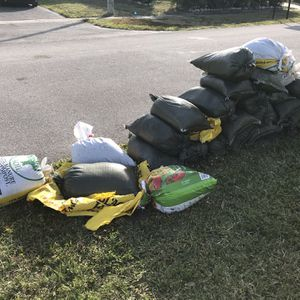 Free Sand (bagged) for Sale in West Palm Beach, FL