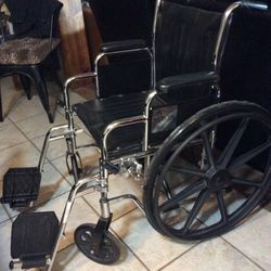 Free Wheelchair for Sale in Scottsdale,  AZ