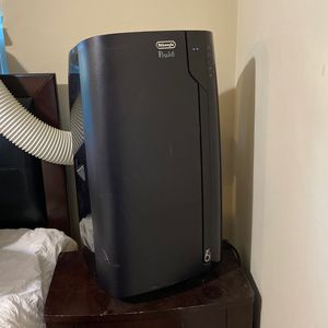 De'Longhi Pinguino 3-in-1 Deluxe Portable Air Conditioner, Dehumidifier & Fan With Wheels for Sale in San Diego, CA