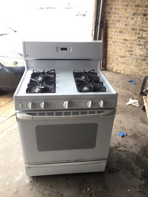 GE gas stove for Sale in Chicago, IL