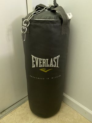 Everlast 80lb punching bag for Sale in Miami Shores, FL