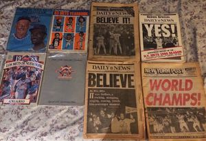 A lot of Mets Yearbooks & 1986 Daily News & Post 1986 WorldSeries for Sale in New York, NY