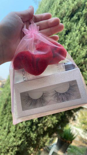 """Lash bundle ( lash style """"flutter"""" 22mm lash ) for Sale in Fresno, CA"""