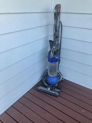 Dyson vacuum cleaner for Sale in Everett, WA