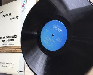 *****THE CENTRAL SWINGERS LP VINTAGE RECORD, GOOD SHAPE. for Sale in Ellensburg,  WA