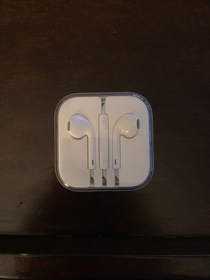 Genuine apple headphones (headphone jack) for Sale in Washington, DC