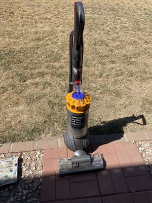 Dyson Ball multi floor vacuum for Sale in Glendale, AZ