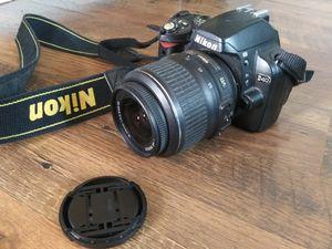 Nikon D D40 6.1MP Digital SLR Camera - Black (Kit w/ AF-S DX 18-55mm Lens) for Sale in Salem, OR