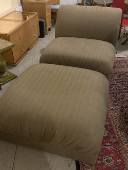 2 Piece Comfy Olive Chaise Lounge for Sale in Brooklyn,  NY
