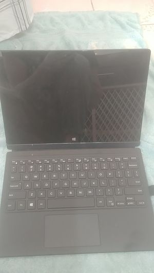 dell 2 in 1 laptop for Sale in Bakersfield, CA