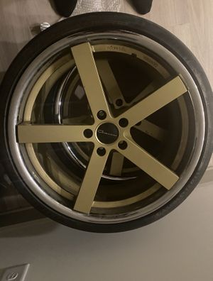 """Giovanna 20"""" rims excellent condition!!! Fits any Lexus or Toyota for Sale in Charlotte, NC"""