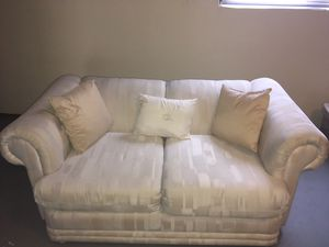 Loveseat & large sofa matching set for Sale in Hollywood, FL