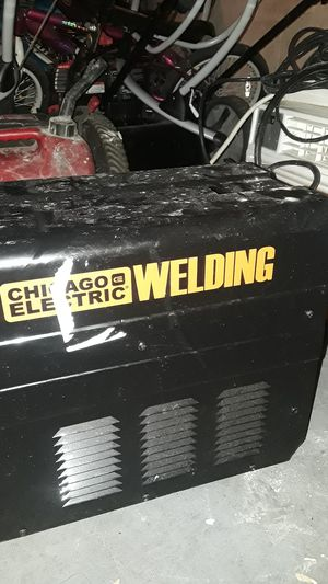 A welder machine wit all peices for Sale in Columbus, OH