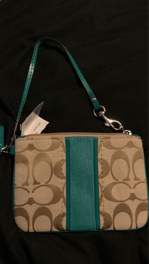 Coach brand wristlet. Brand new for Sale in Ceres, CA