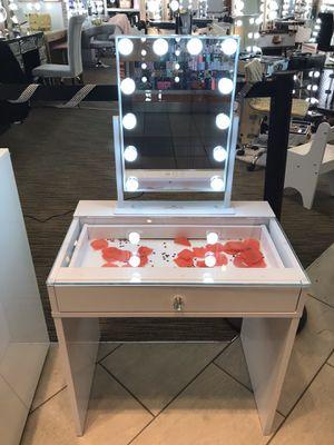 Impressions vanity for Sale in Visalia, CA
