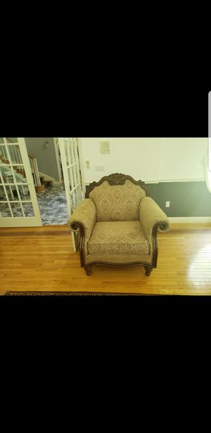 Sofa, love seat, and chair for Sale in Pasadena, MD
