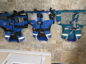 Life Jacket for adult bass pro shops for Sale in Victorville, CA