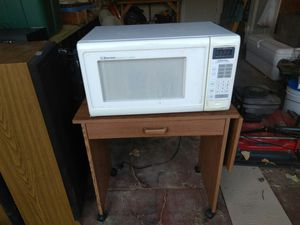 Microwave and Stan for Sale in Wichita, KS