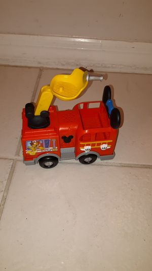 """6"""" long Mickey Mouse fire truck, works with 3 Button cell batteries to make fire truck sounds for Sale in Plantation, FL"""