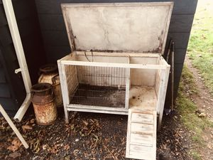Rabbit hutch for Sale in Olympia, WA