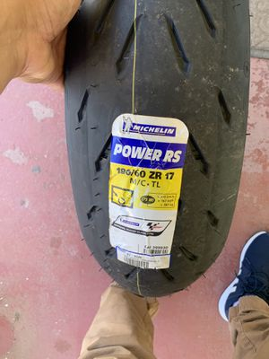 Michelin Power RS 180/60/17 for Sale in Los Angeles, CA