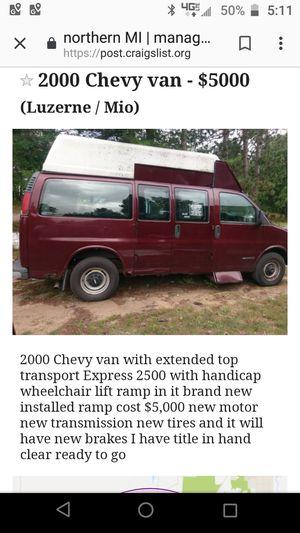 Chevy van Express cargo 2500 for Sale in Luzerne, MI