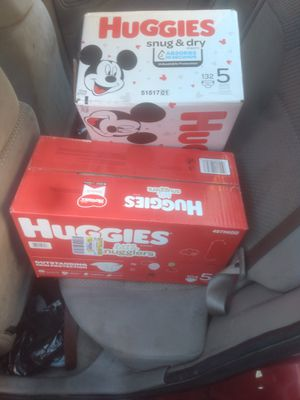 Huggies size 5 for Sale in Federal Way, WA