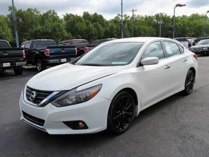 2016 Nissan Altima for Sale in Whitehall, OH