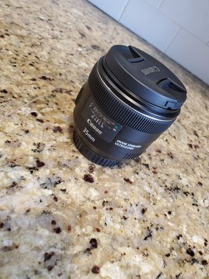 Cannon EF 35mm F2 Prime for Sale in Puyallup, WA