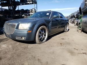 2005 CHRYSLER 300 PARTING OUT for Sale in Fontana, CA