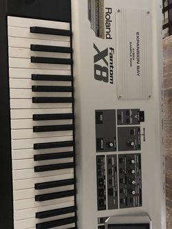 Roland Fantom X8 88-key Keyboard for Sale in Nashville,  TN