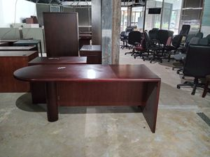 Stand alone office desk for Sale in Houston, TX