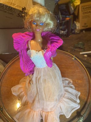 Vintage 1976 Barbie doll for Sale in Overland, MO