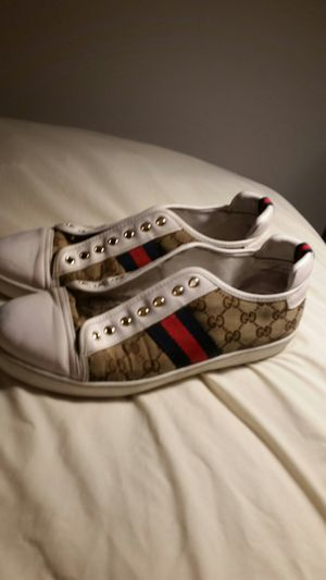 Gucci GG ace supreme sneakers for Sale in Westerville, OH