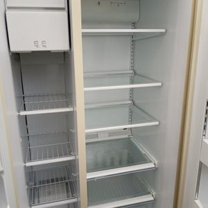 Ge Refrigerator for Sale in Stockton, CA