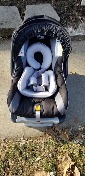 Car seat for Sale in Bennington, NE