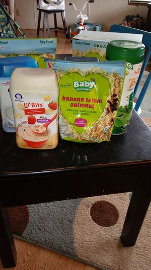 Free organic cereal. Baby and toddler for Sale in Hoquiam, WA