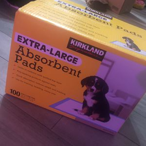 Extra large absorbent puppy pads for Sale in Deerfield Beach, FL