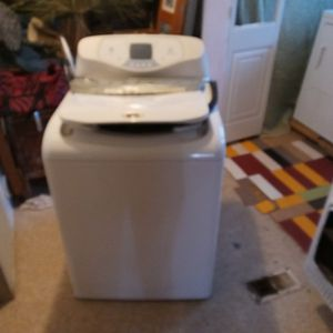Maytag Neptune TL Washer Machine for Sale in Carbonado, WA