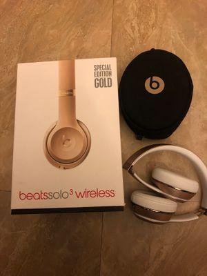 Beat Solo 3 Wireless for Sale in Rialto, CA