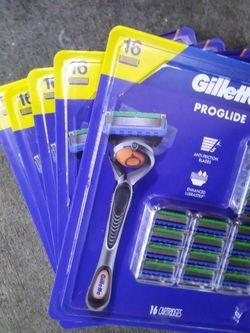 Gillette Proglide Razor Set for Sale in Woodway,  WA