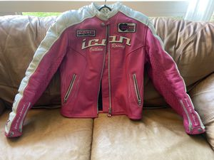 Women's leather motorcycle jacket with pads for Sale in Vancouver, WA
