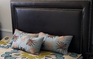 4 Oblong Throw Pillows for Sale in Fort Lauderdale, FL