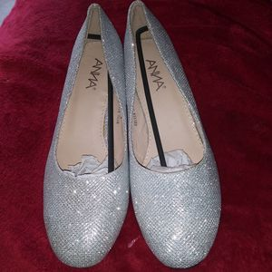 Anna glitter heels size sharp 8 for Sale in Cleveland, TN