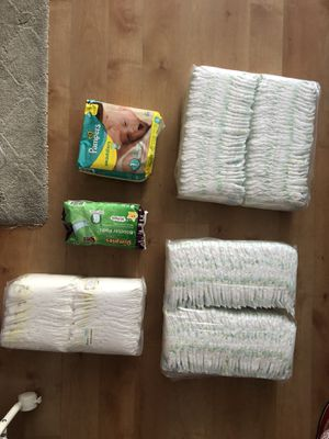 Diapers size 1 for Sale in Chicago, IL
